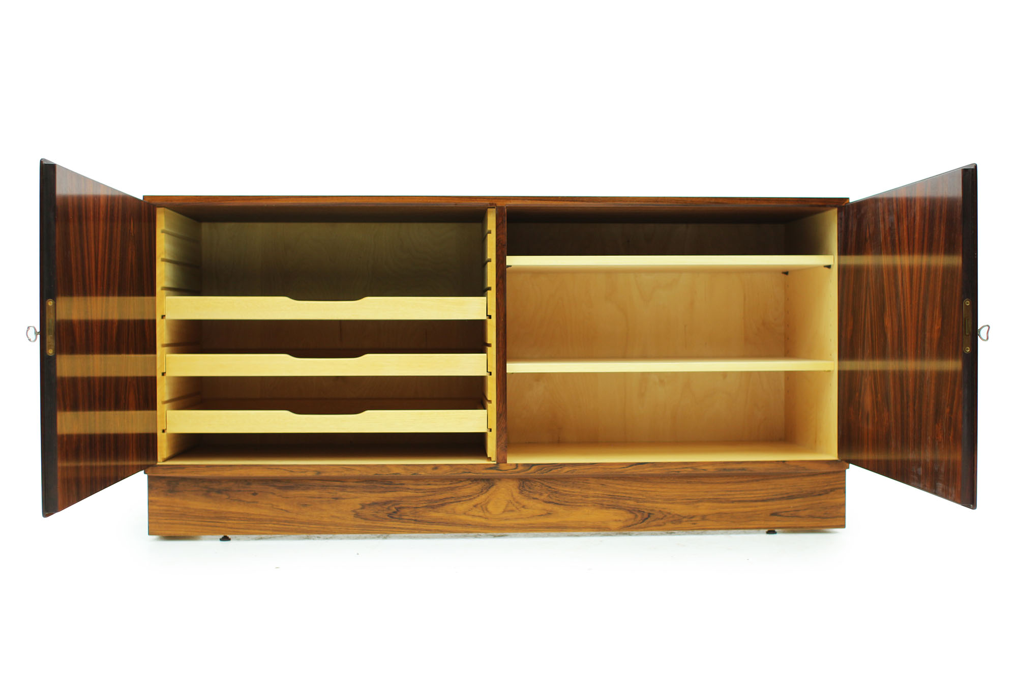 Danish Poul Hundevad cabinet with pull out drawer original keys in Rosewood (6).jpg