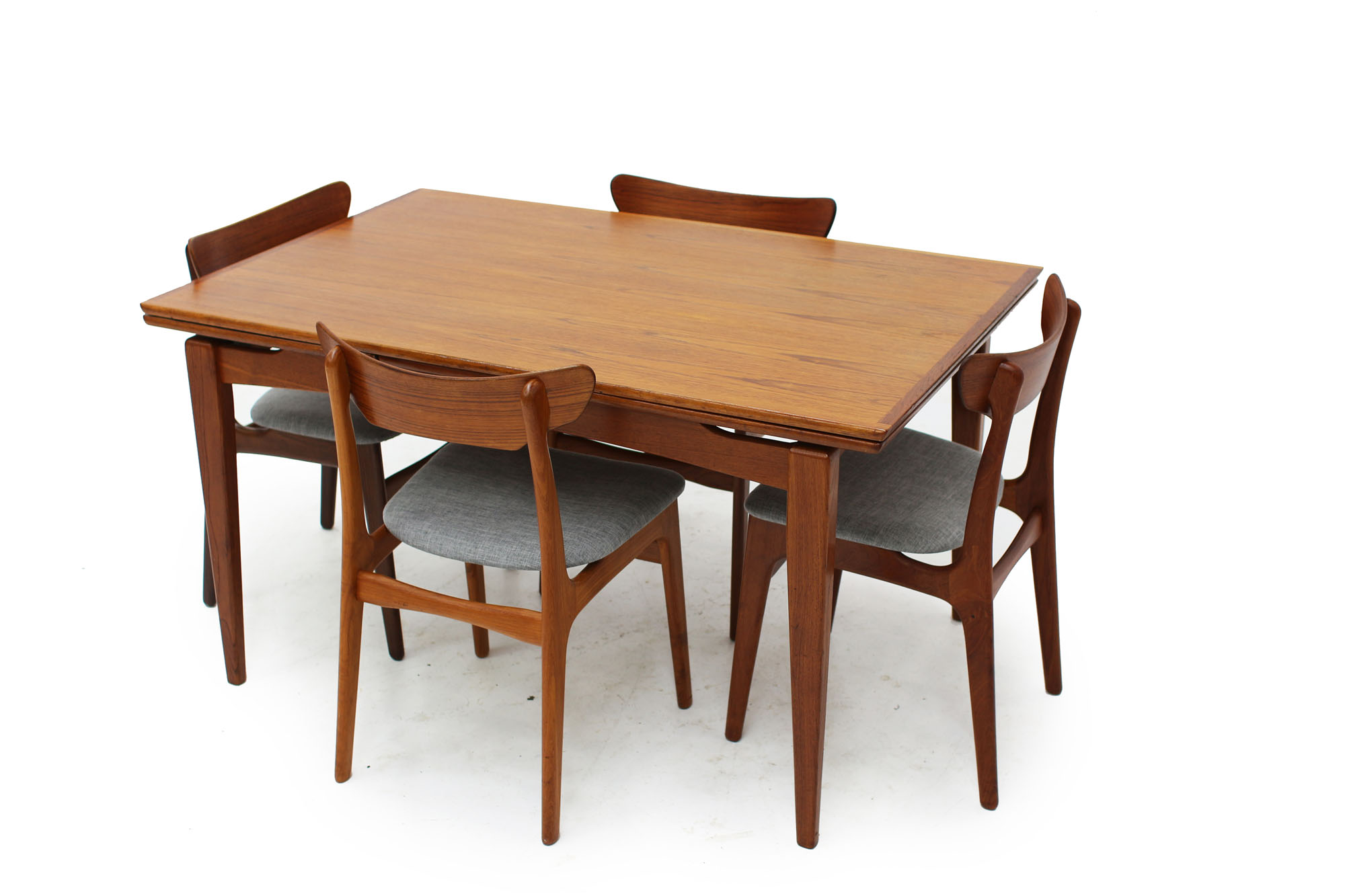 Mid Century Modern Teak Dining Table (1).jpg