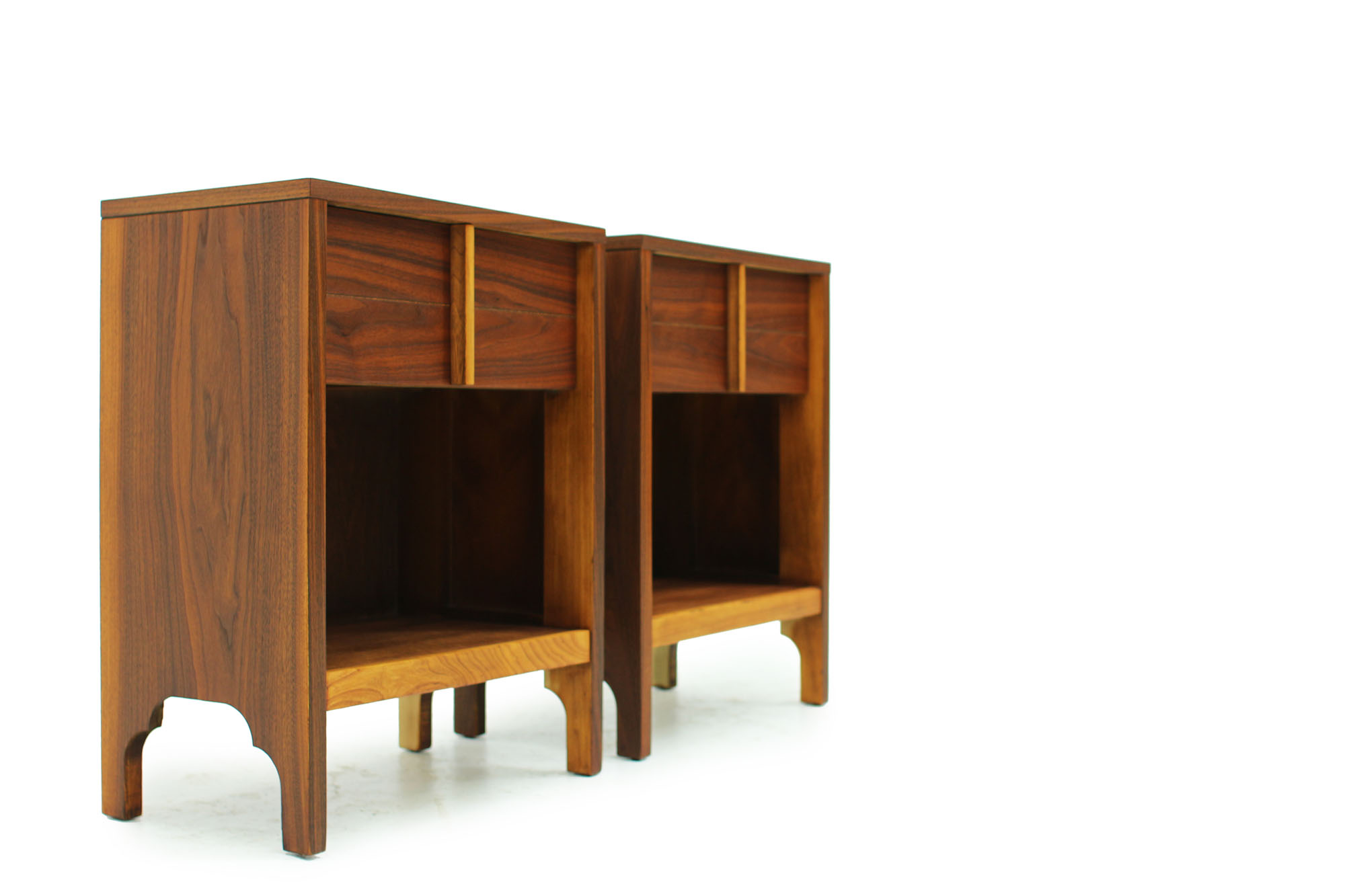 Pair of Walnut Bedside Night Stands Mid century modern design (3).jpg