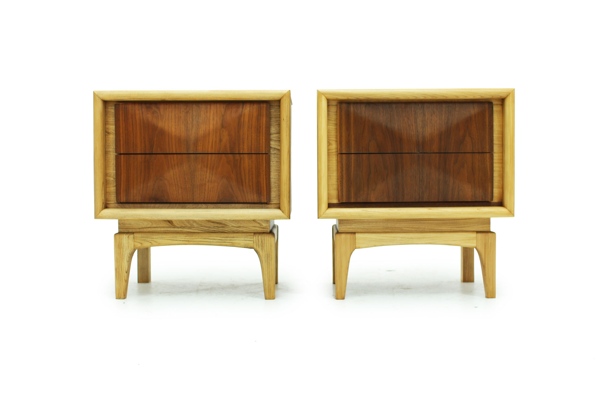 Pair of Walnut MCM Nightstands with diamond pattern drawers and two tone fronts fully refinished (2).jpg