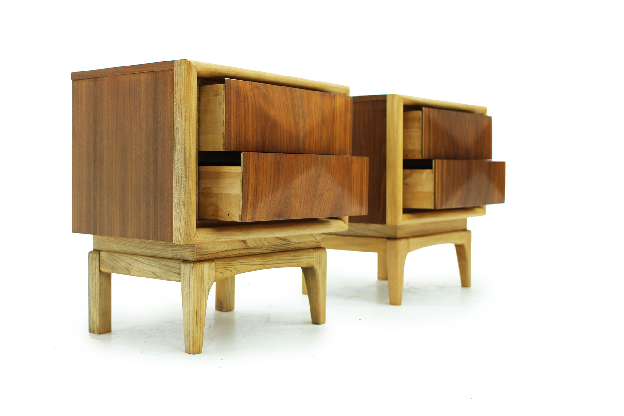 Pair of Walnut MCM Nightstands with diamond pattern drawers and two tone fronts fully refinished (3).jpg