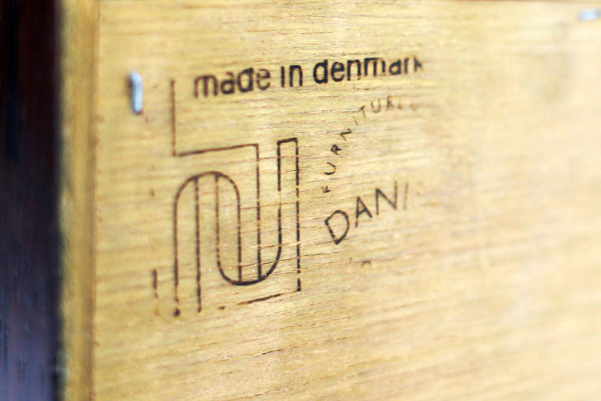 Poul Hundevad Rosewood Bookcase Made in Denmark (1).jpg