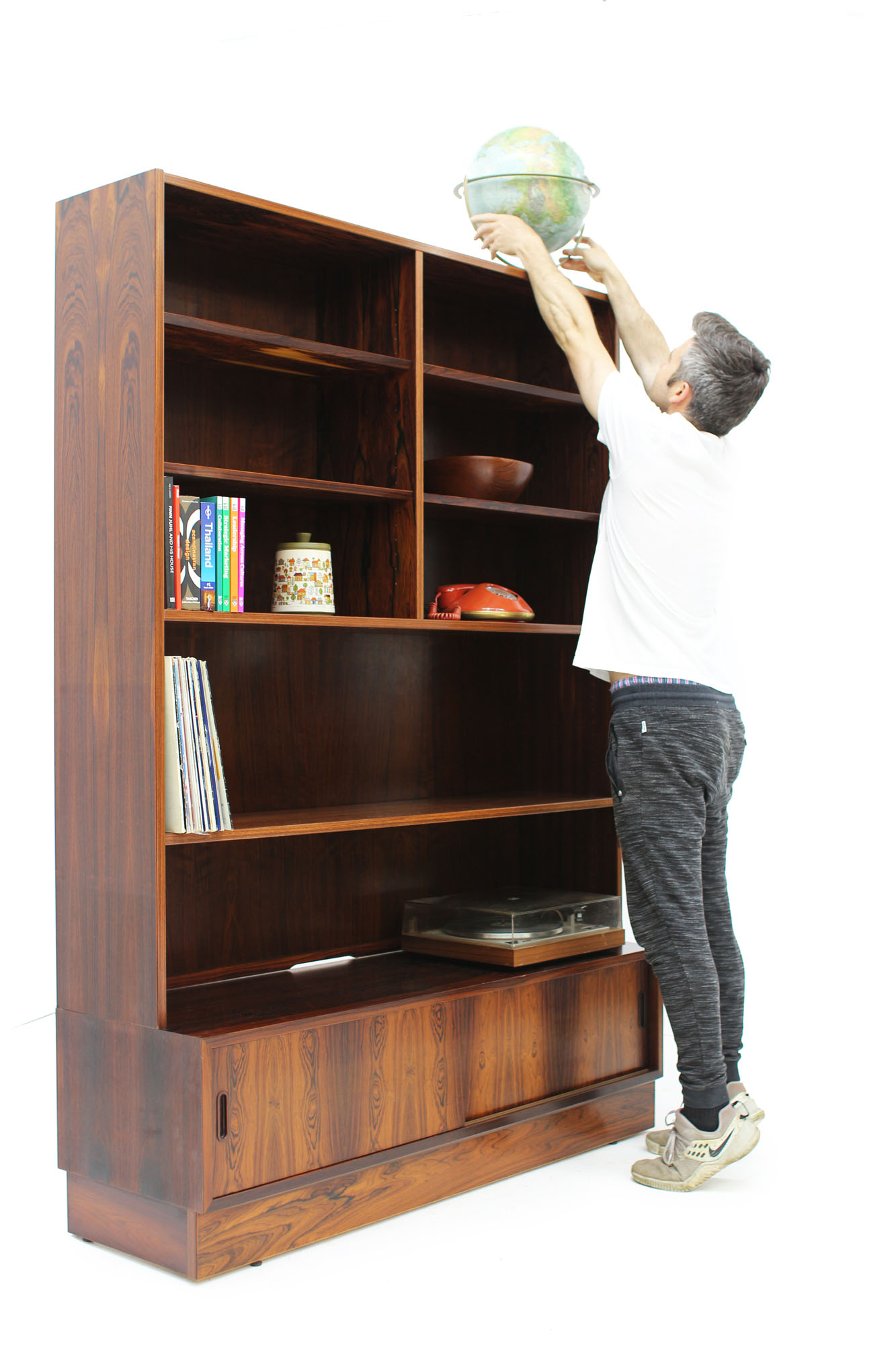 Poul Hundevad Rosewood Bookcase Made in Denmark (2).jpg