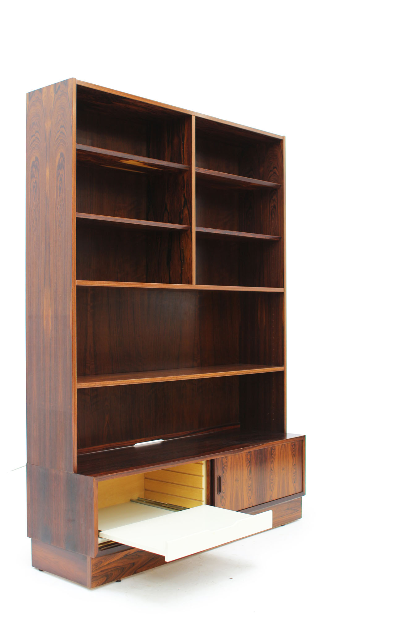 Poul Hundevad Rosewood Bookcase Made in Denmark (4).jpg