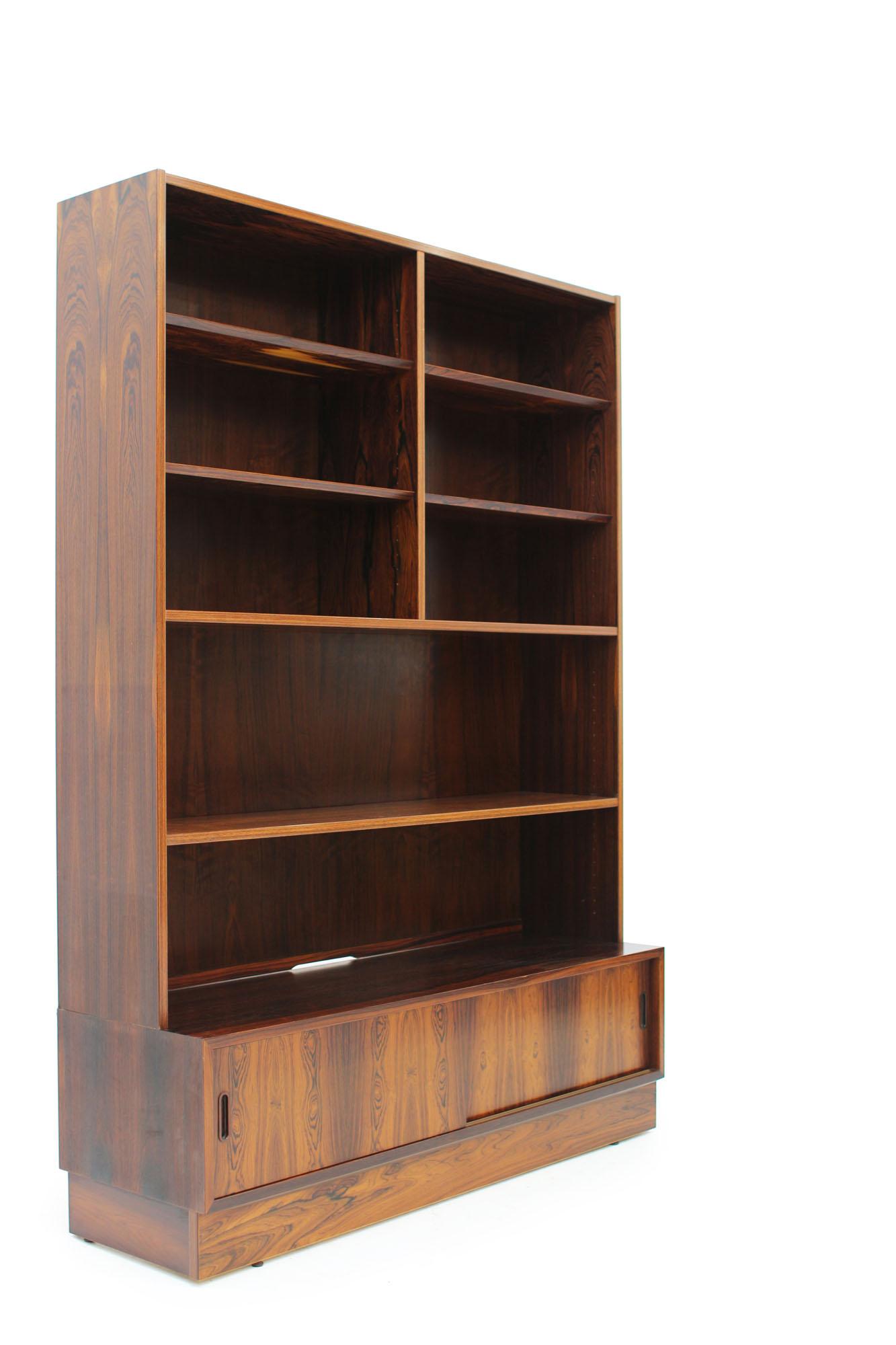 Poul Hundevad Rosewood Bookcase Made in Denmark (5).jpg