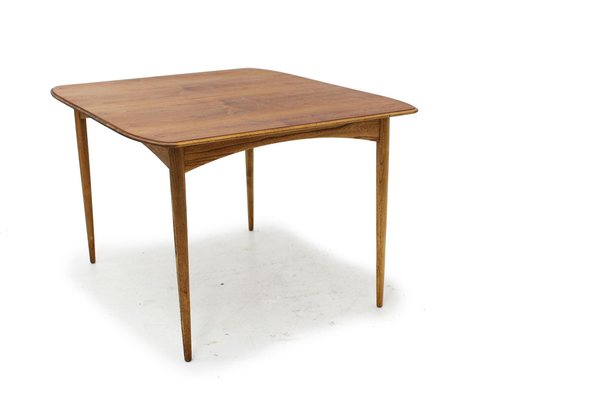 Walnut Deilcraft Dining Table (1).jpg