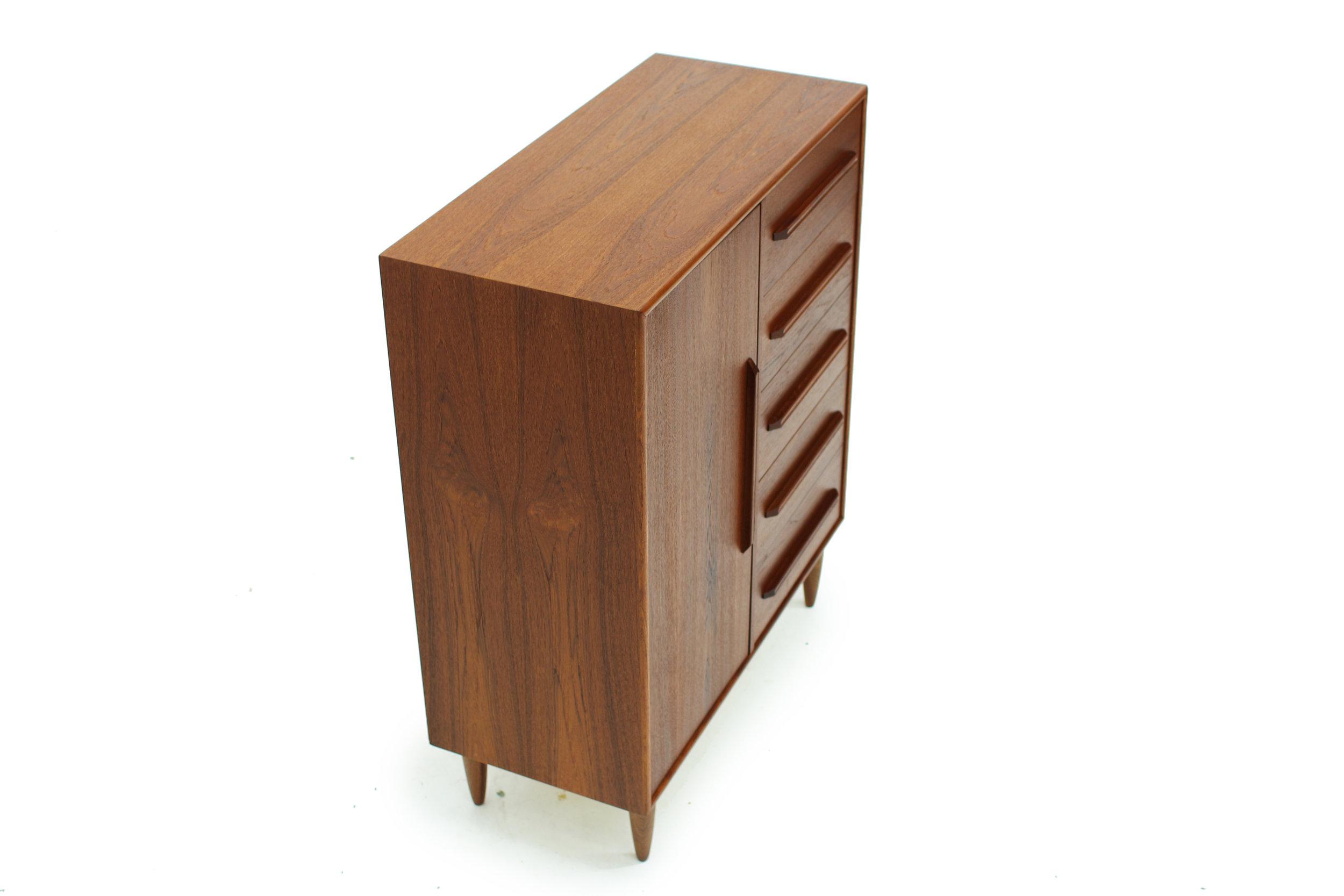 MCM Teakwood Gentleman's Chest Dresser (2).jpg