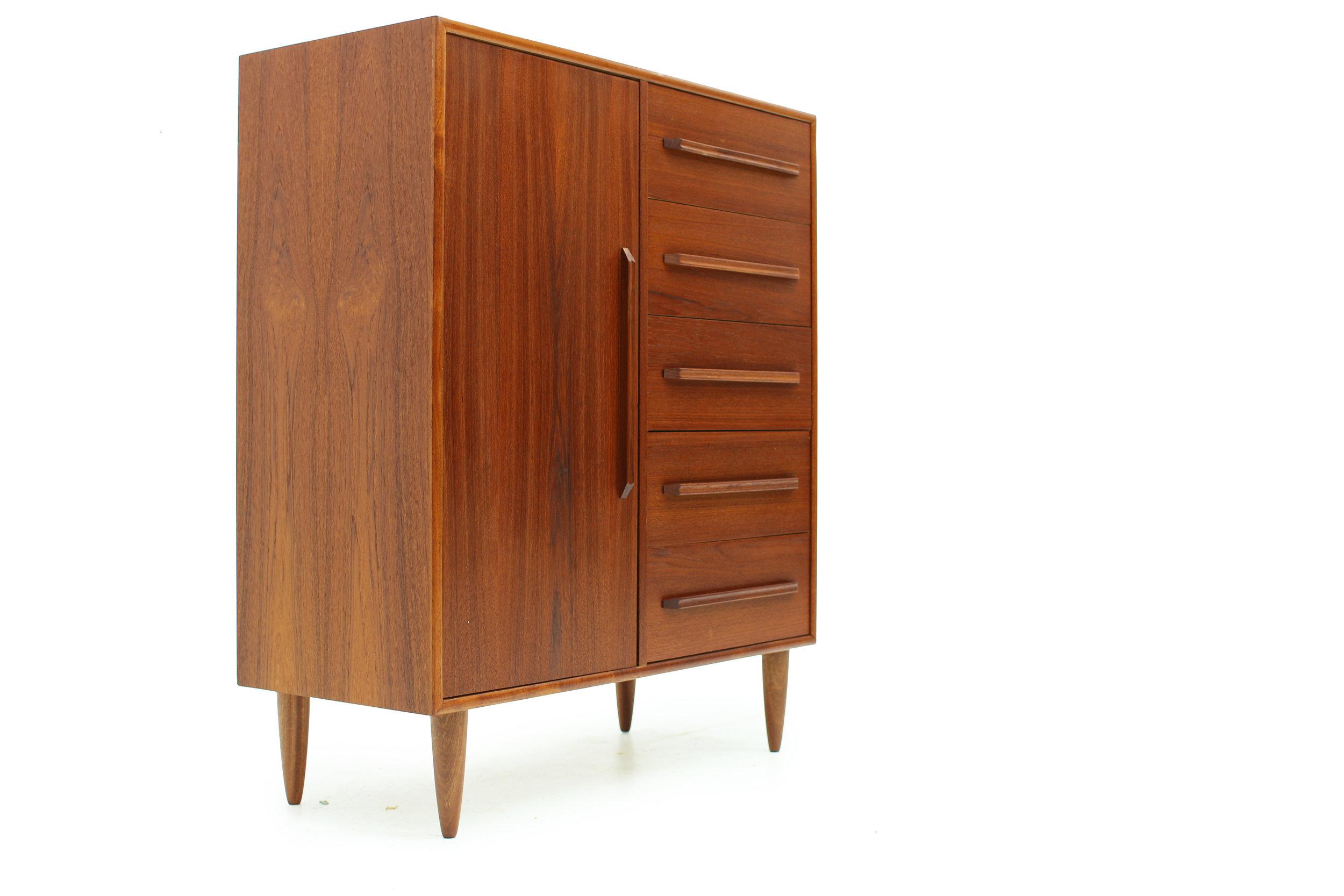MCM Teakwood Gentleman's Chest Dresser (4).jpg