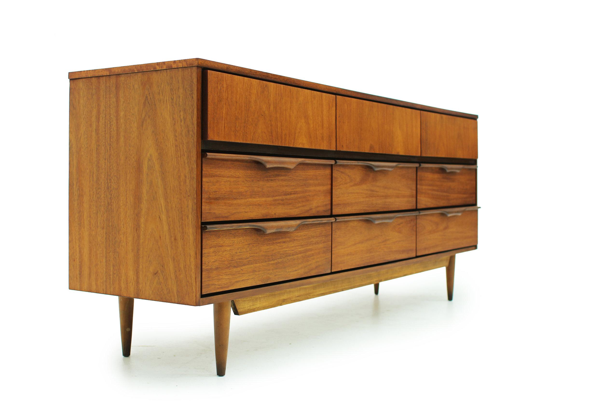 Beautiful MCM Walnut 9 Drawer Dresser (2).jpg