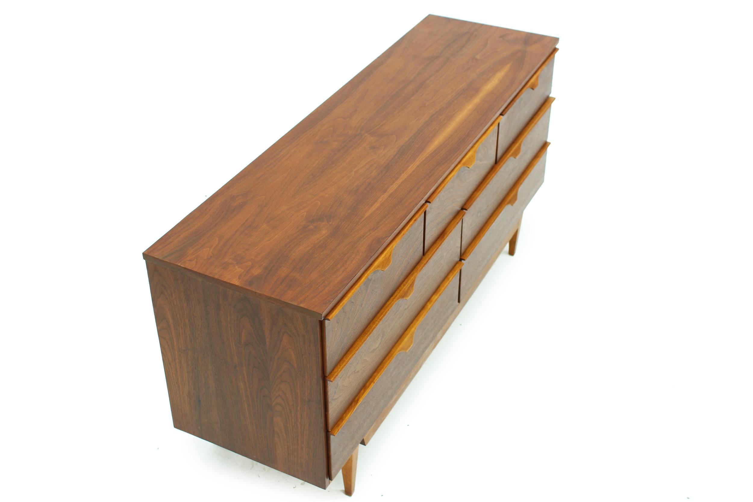 Mid Century 7 Drawer Walnut Dresser (4).jpg