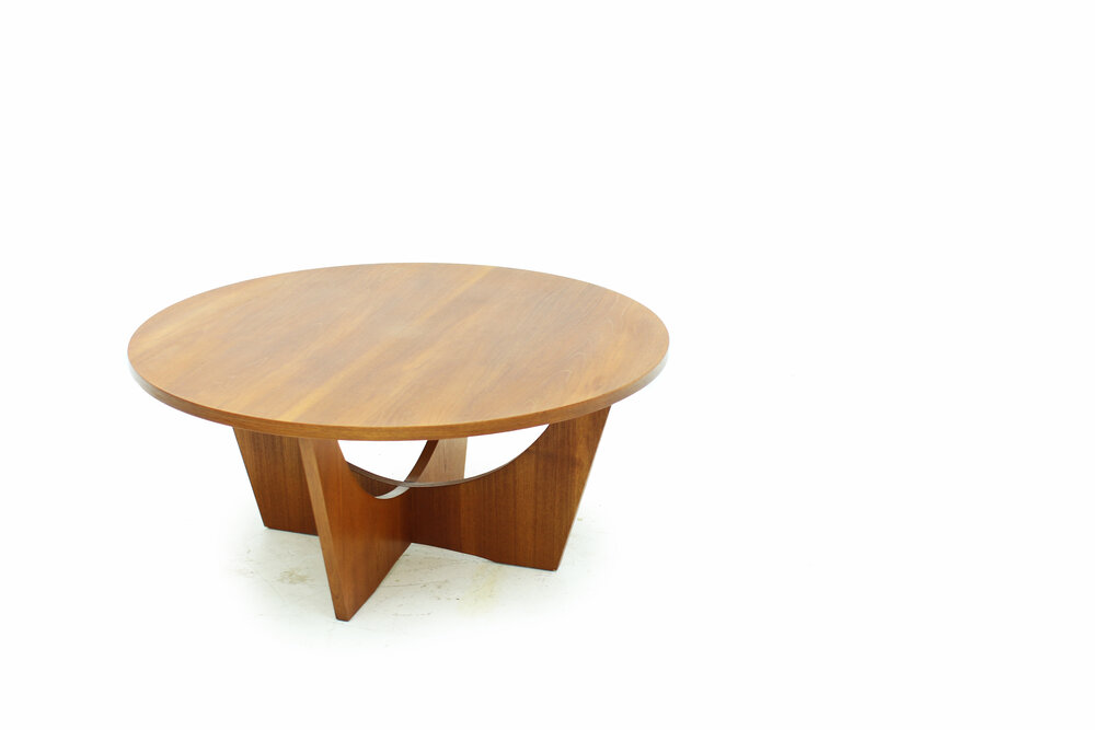Sculptural Round Teak Coffee Table Item, Round Teak Coffee Table