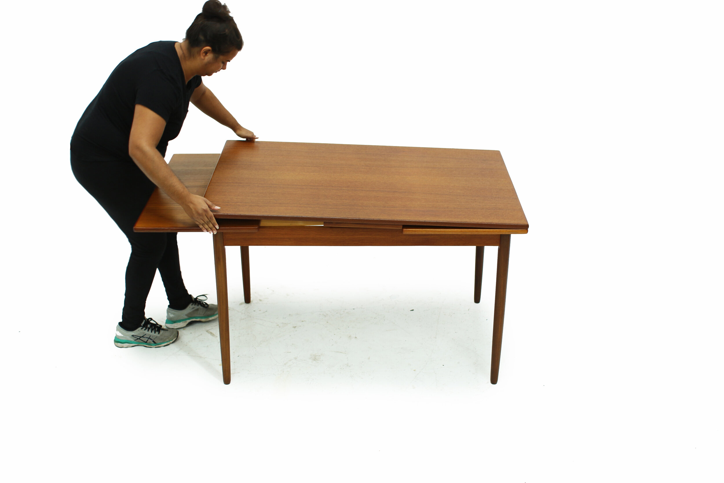 MCM Teak Extendable Dining Table (6).jpg