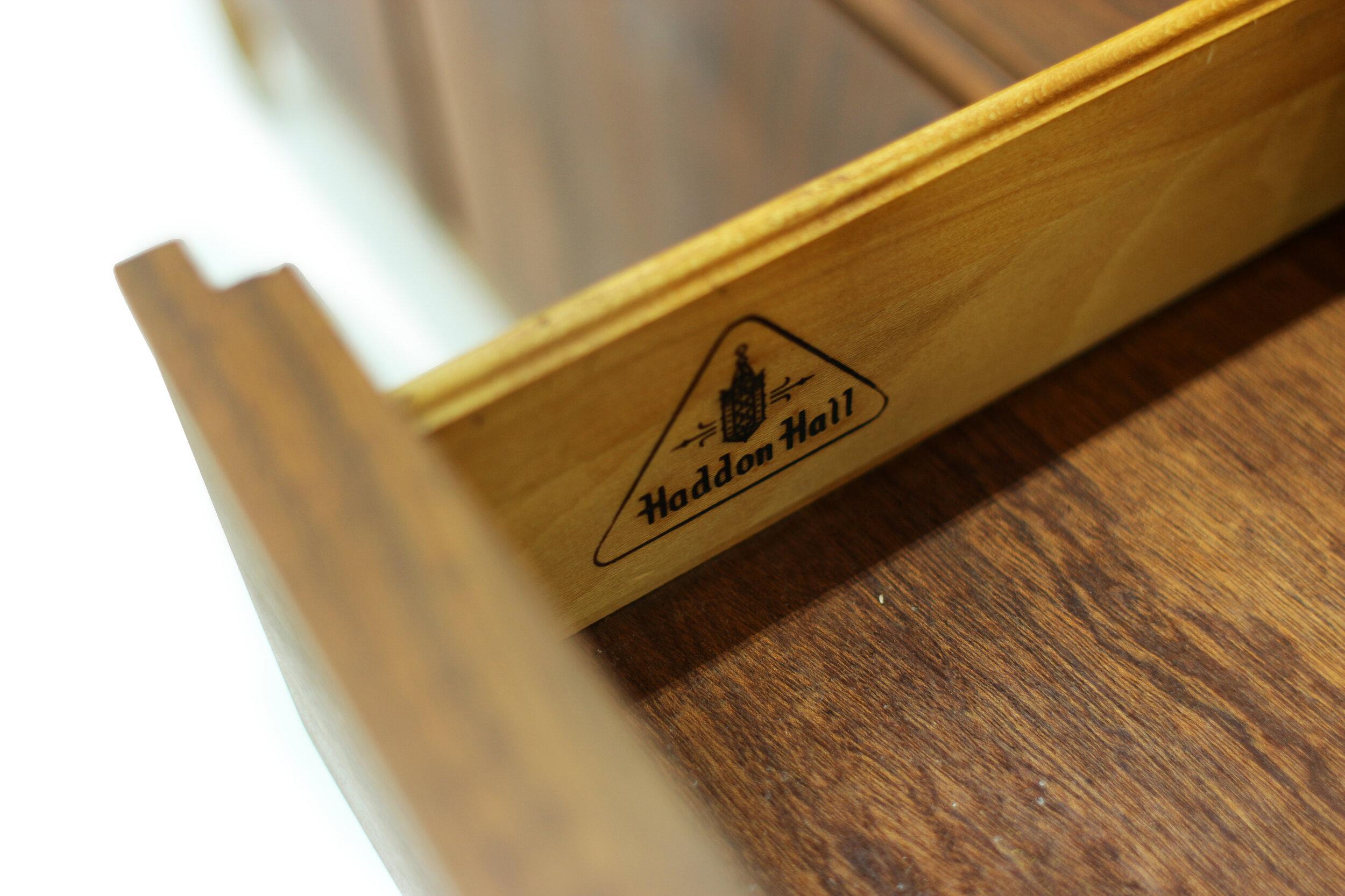 Mid Century Walnut Sideboard (3).jpg
