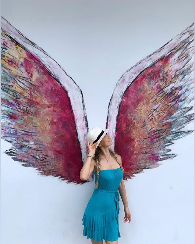 The Global Angel Wings Project.... 👼🏻 Dreams, Love and Hope... Wherever you are, wherever you go..Let your dreams fly, Follow the light that is inside of you💖 @colettemillerwings . . . Cherishing every moment with my wonderful son while he's back home...💞 We're so proud of you!! @justin_tumtum 💖♥️ 😘 . . #dream #loveeverywhere #orlando #orlandohairextensions #centralflorida #lakenona #blessed #angelwingsproject #freespirit #memories #grobalangelwingsproject  #angelwingsproject #angel #loveart