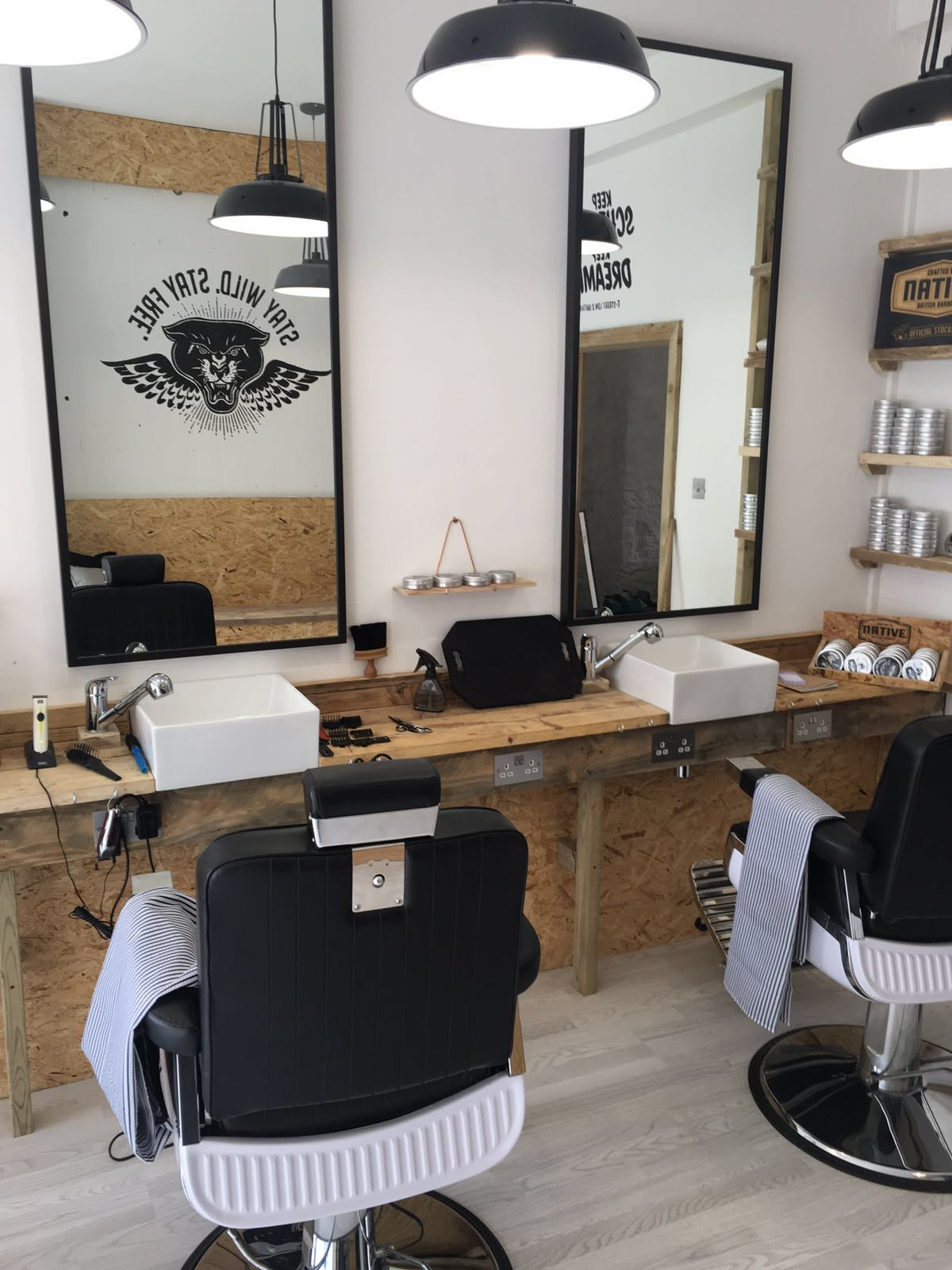 In store photo of Barber Chair at E-Street Barbers Clapton Hackney