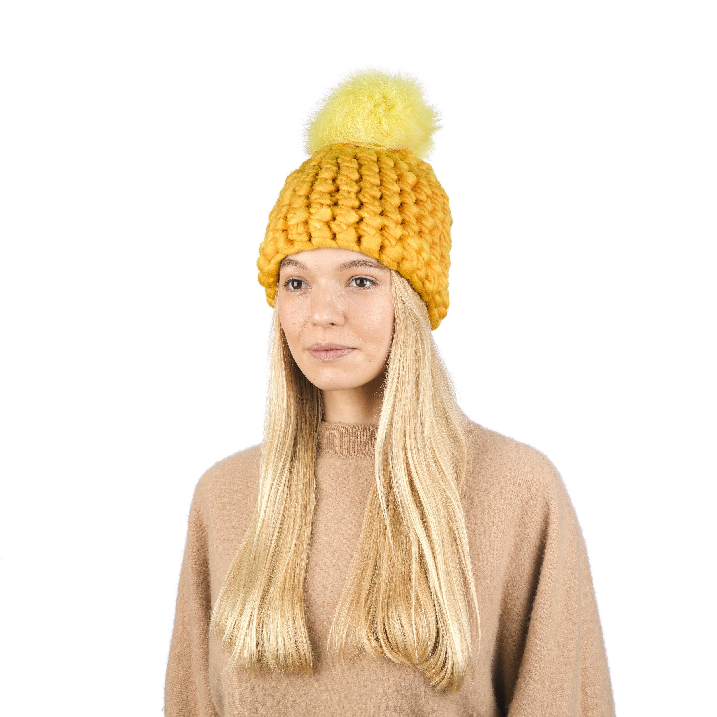 marigold • yellow xl pom