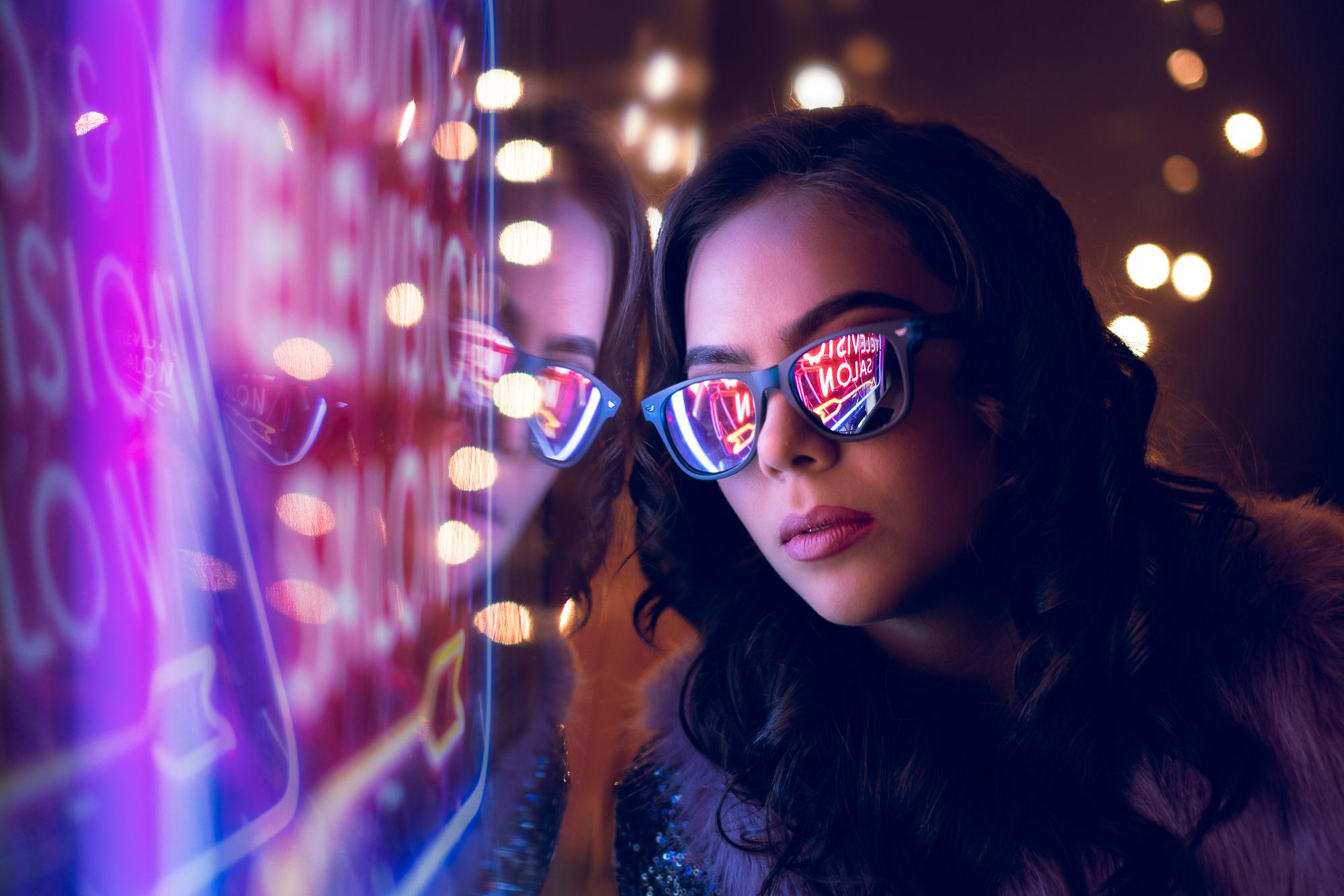 Atlanta / Gwinnett Fun Neon Photoshoot.