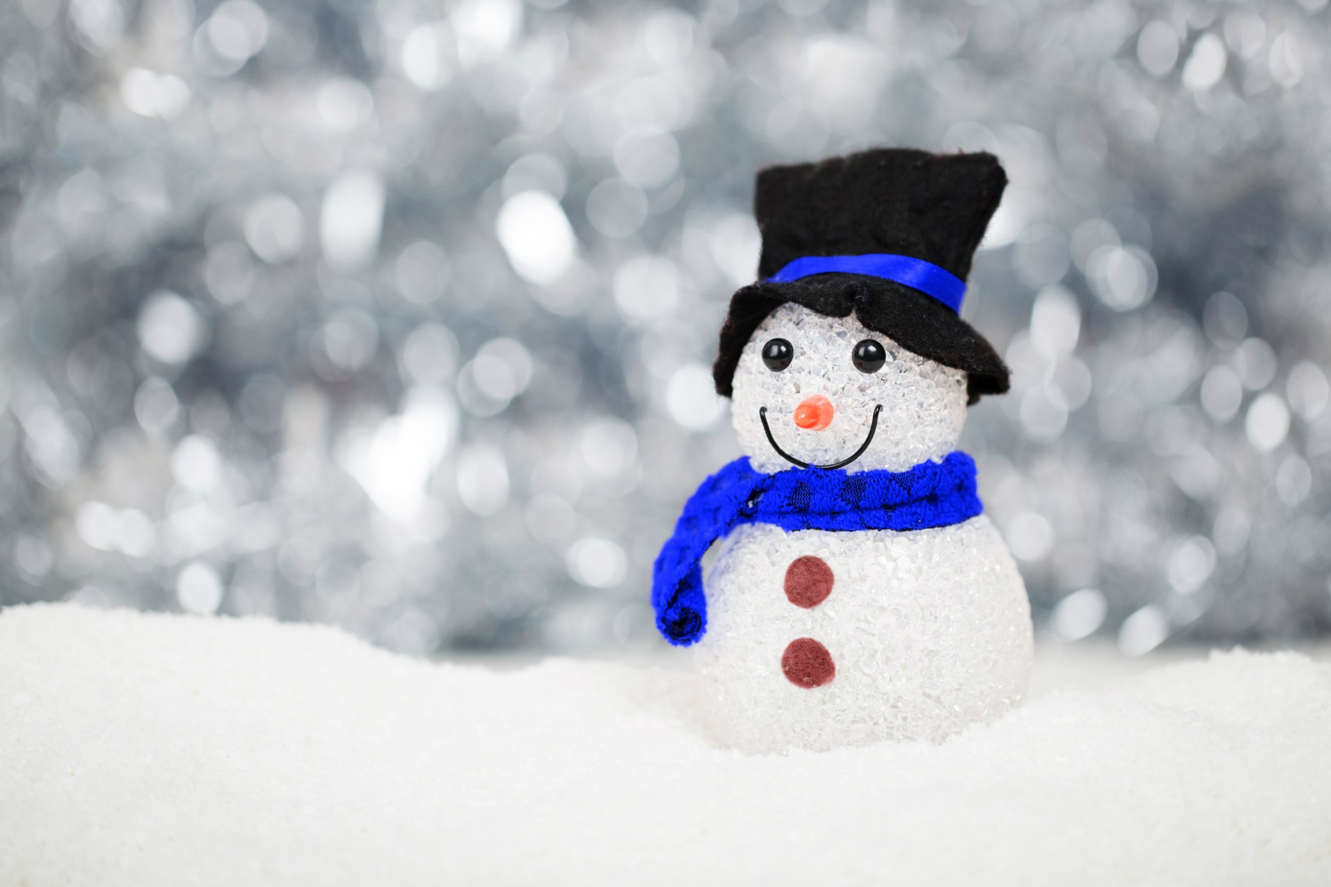 christmas-snow-snowman-decoration-40541.jpg