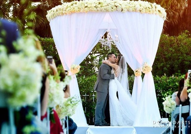 Thanks for capturing the moment @dominoarts! Stunning shot of our @wsouthbeach wedding with @bsocialevents #chuppah #ceremony #southbeachevents #eventdesign #floraldesign #flowers #whitewedding #petalproductions
