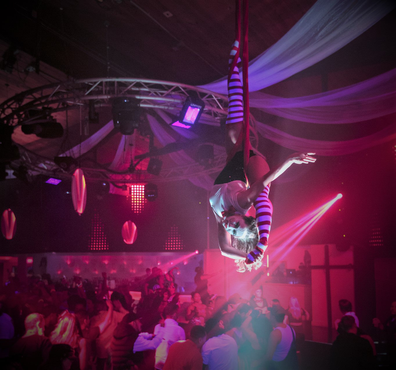 Destin Aerial Events Sling Entertainment