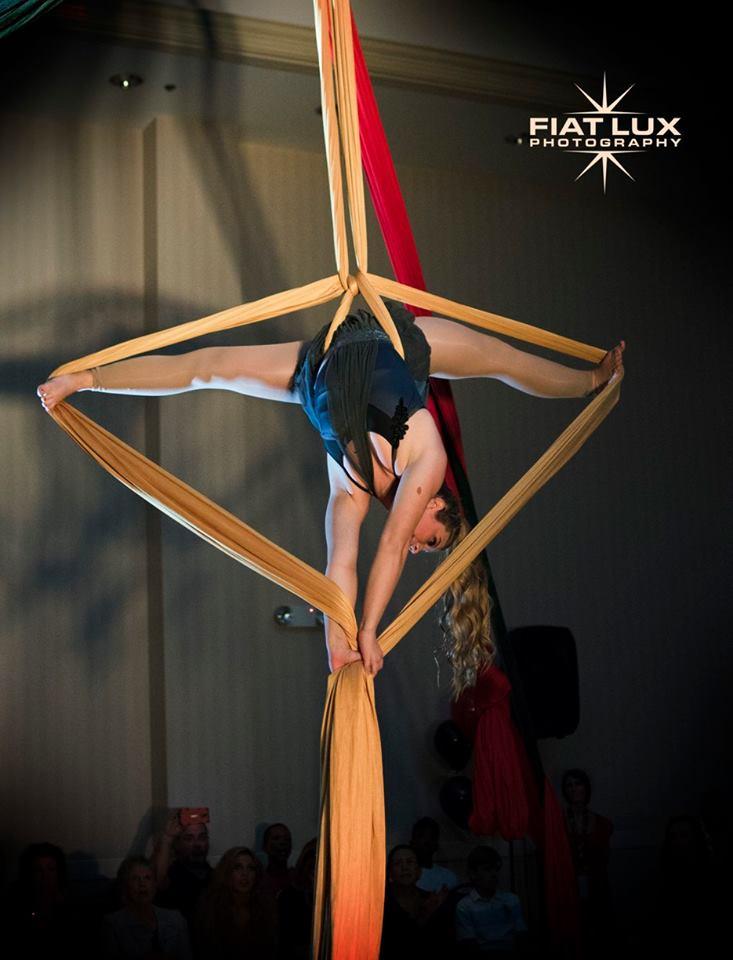 Destin Aerial Events Silks Tissu Entertainment