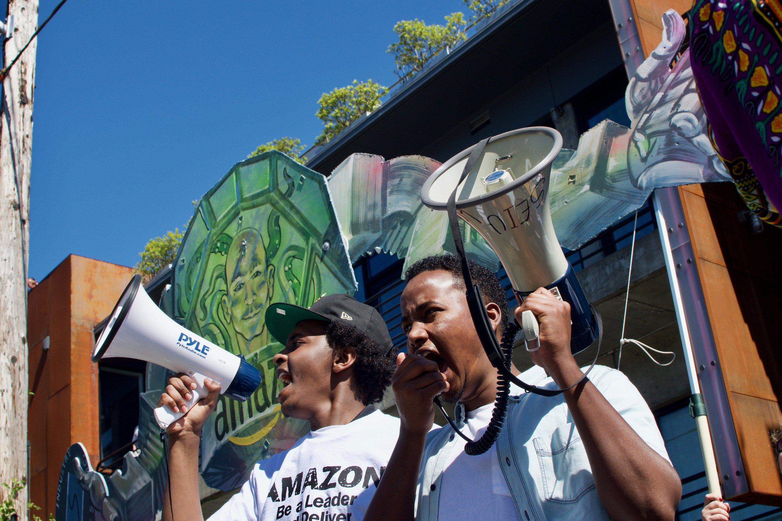 Muslim security guards lodge complaints against Amazon for discrimination