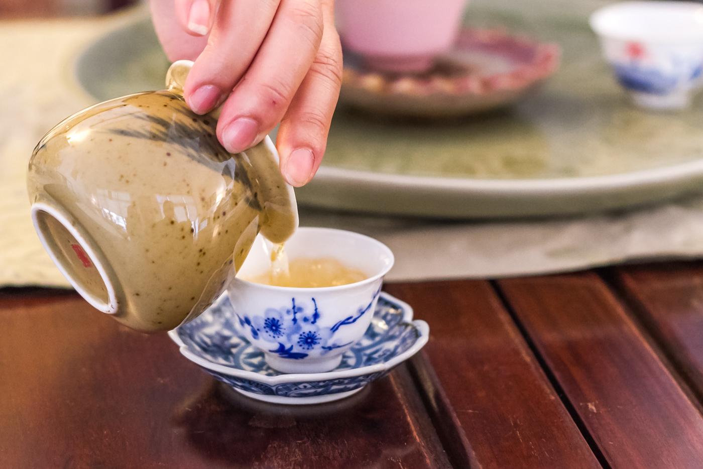 Dan Cong tea tasting at Tea Habitat