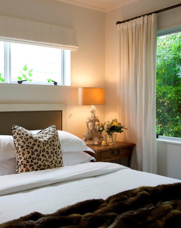 5 annex bed brown.jpg