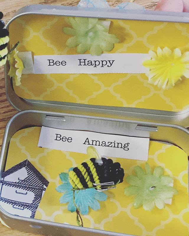 Bee 🐝 Boxes make everyone happy! Happy 1st day of Spring workshops! #beehappy #beeawesome #beeyoirself #craftsforkids #afterschoolenrichment