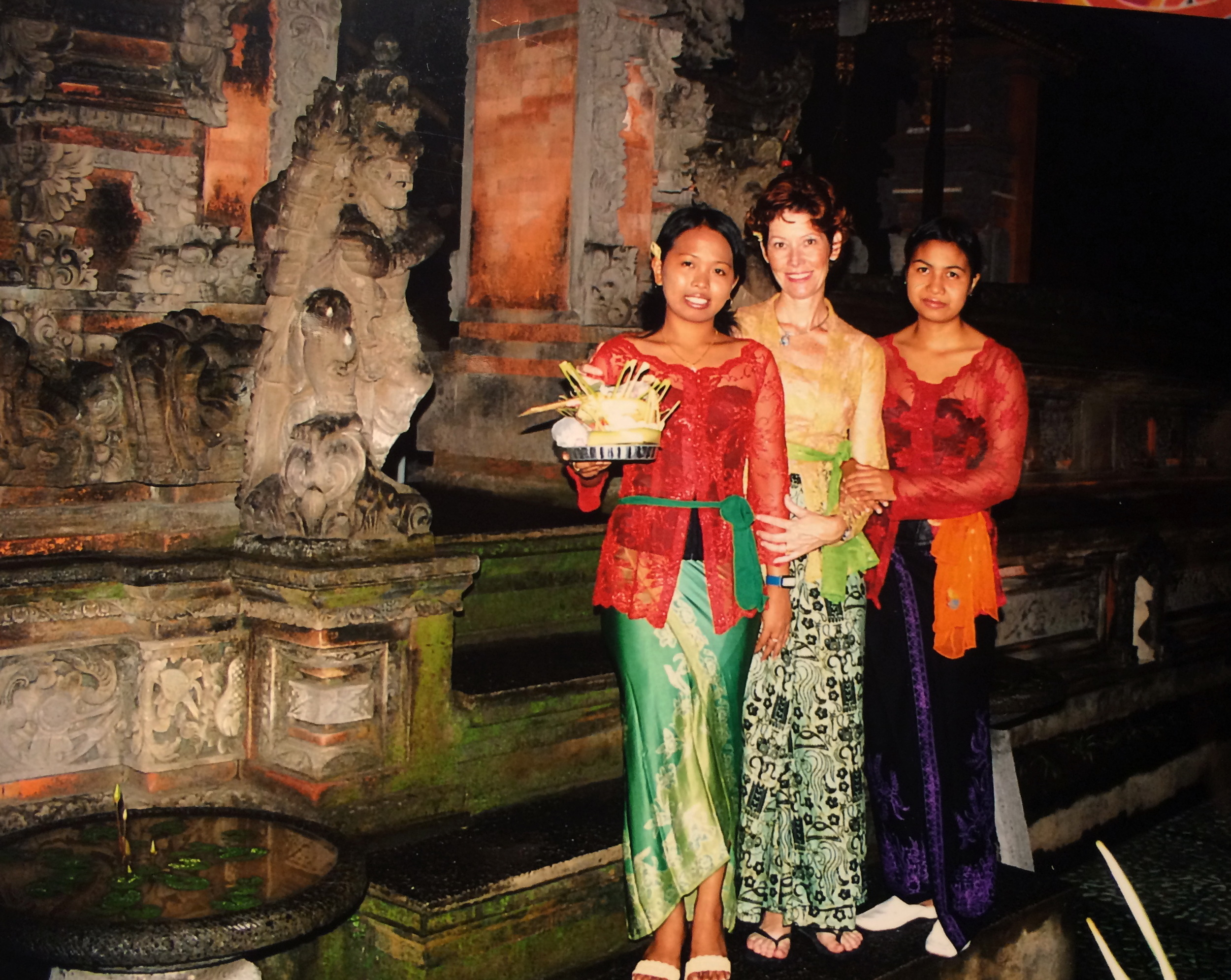 FIRST TIME AT A BALINESE CEREMONY