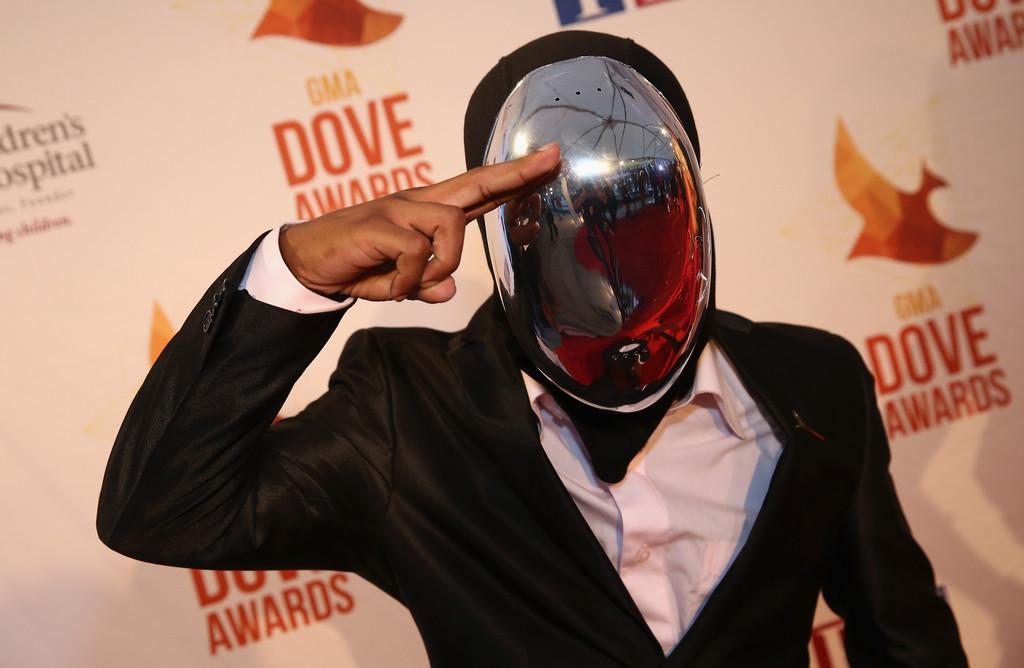 45th+Annual+Dove+Awards+Red+Carpet+UMxsVZlal3Ex.jpg