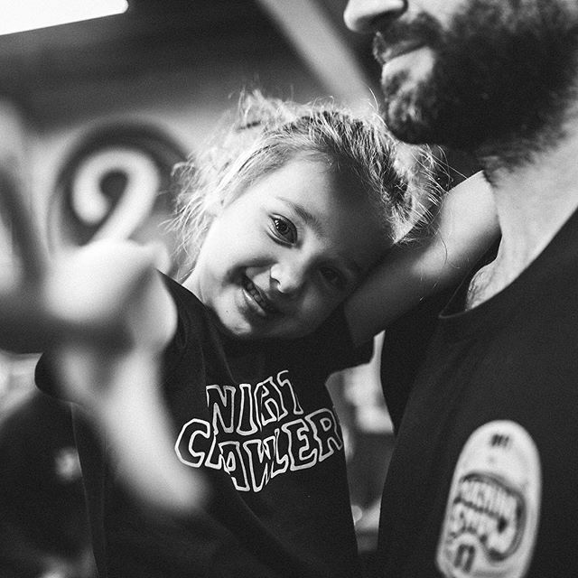 Good vibes and Nightcrawler Co 🖤 Shop our hand drawn, screen-printed kids tees online now, just in time to fill the stocking - #nightcrawlerco #kidsstyle #toughkids #kidstee #kidsfashion #dadlife