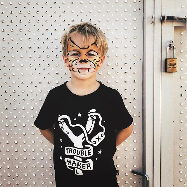 @patchworkcactus showin' off his stripes in our Trouble Maker kids tee 🐯🖤 Shop online now, and if you're after a last min Xmas prezzie hit up our DM's there may still be time to get your shit to you in time. 📷 @patchworkcactus - #nightcrawlerco #lastminute #christmasprezzie #troublemaker #kidsclothing #kidsstyle #tigerstripes #facepainting