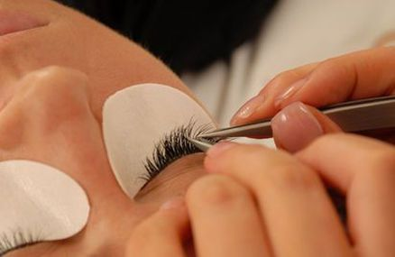 Pic: Eyelash extensions Canberra