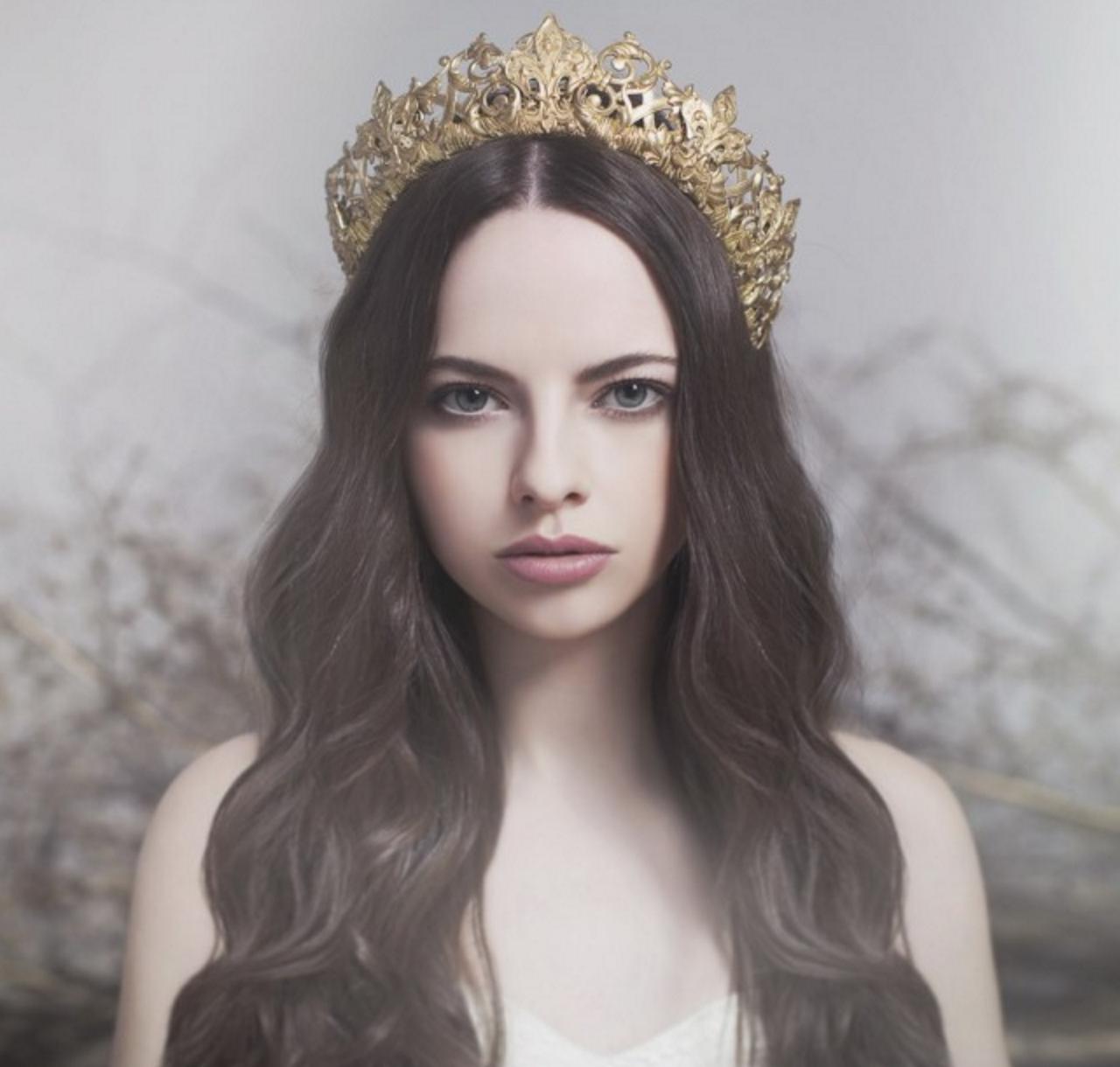 big gold crown (brunette).jpg
