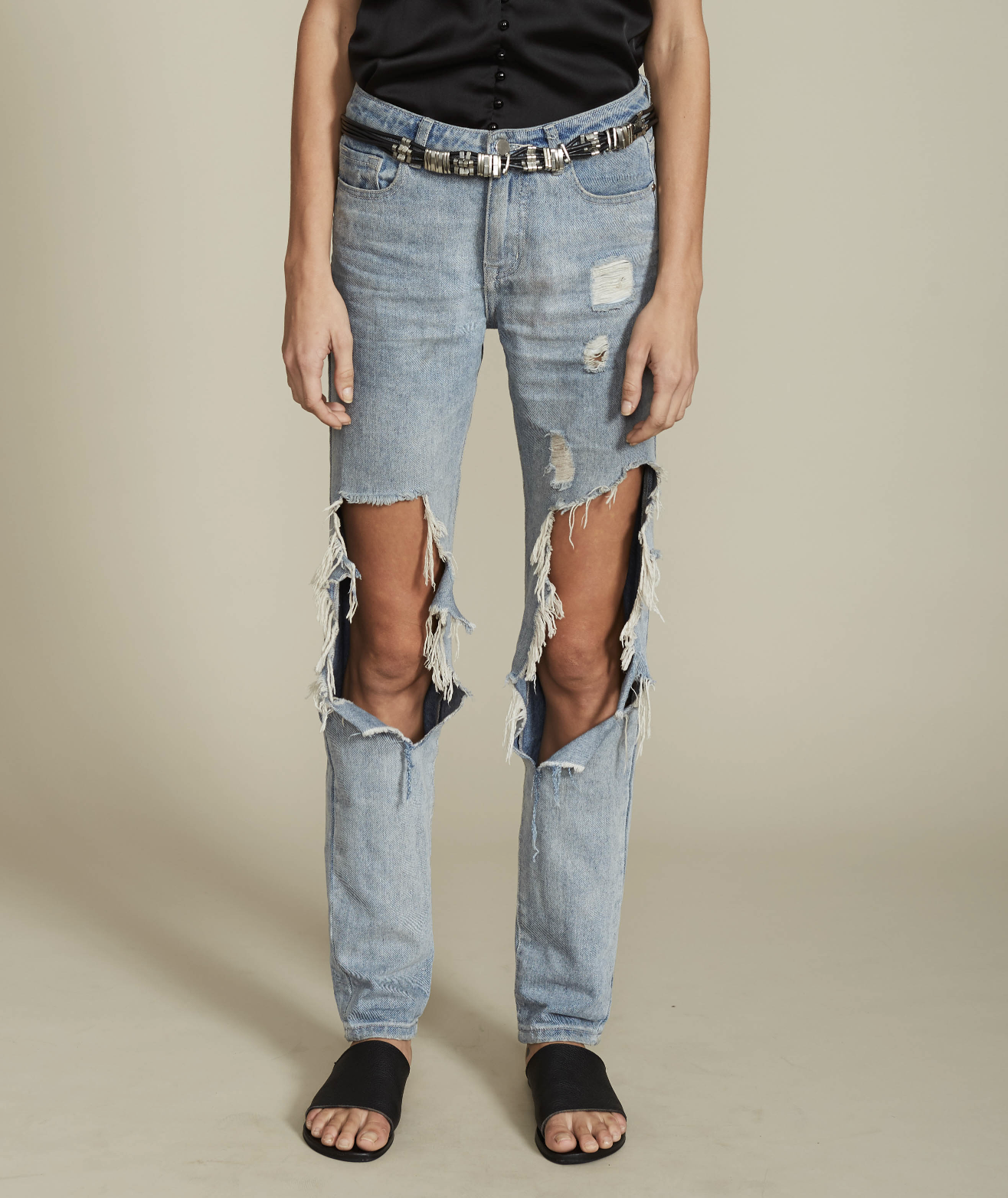 Dahli Naomi boyfriend jeans $75