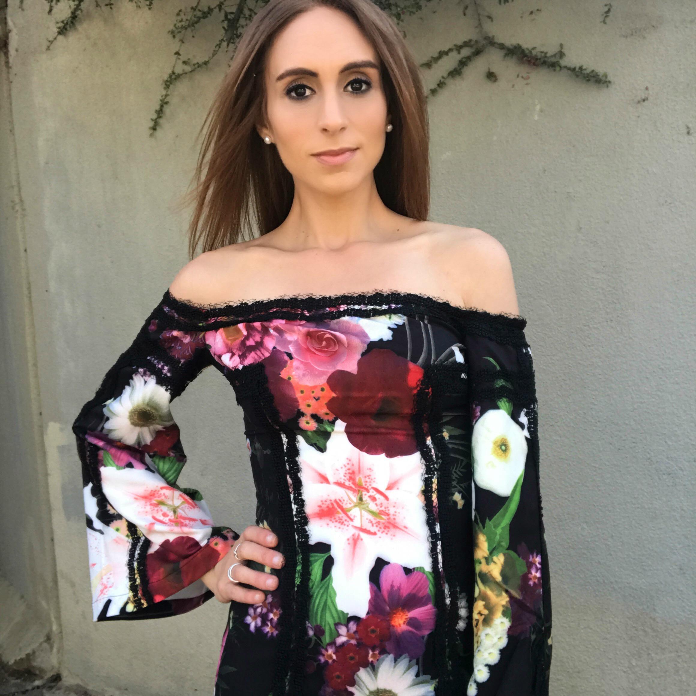 Mossman she walks in roses dress