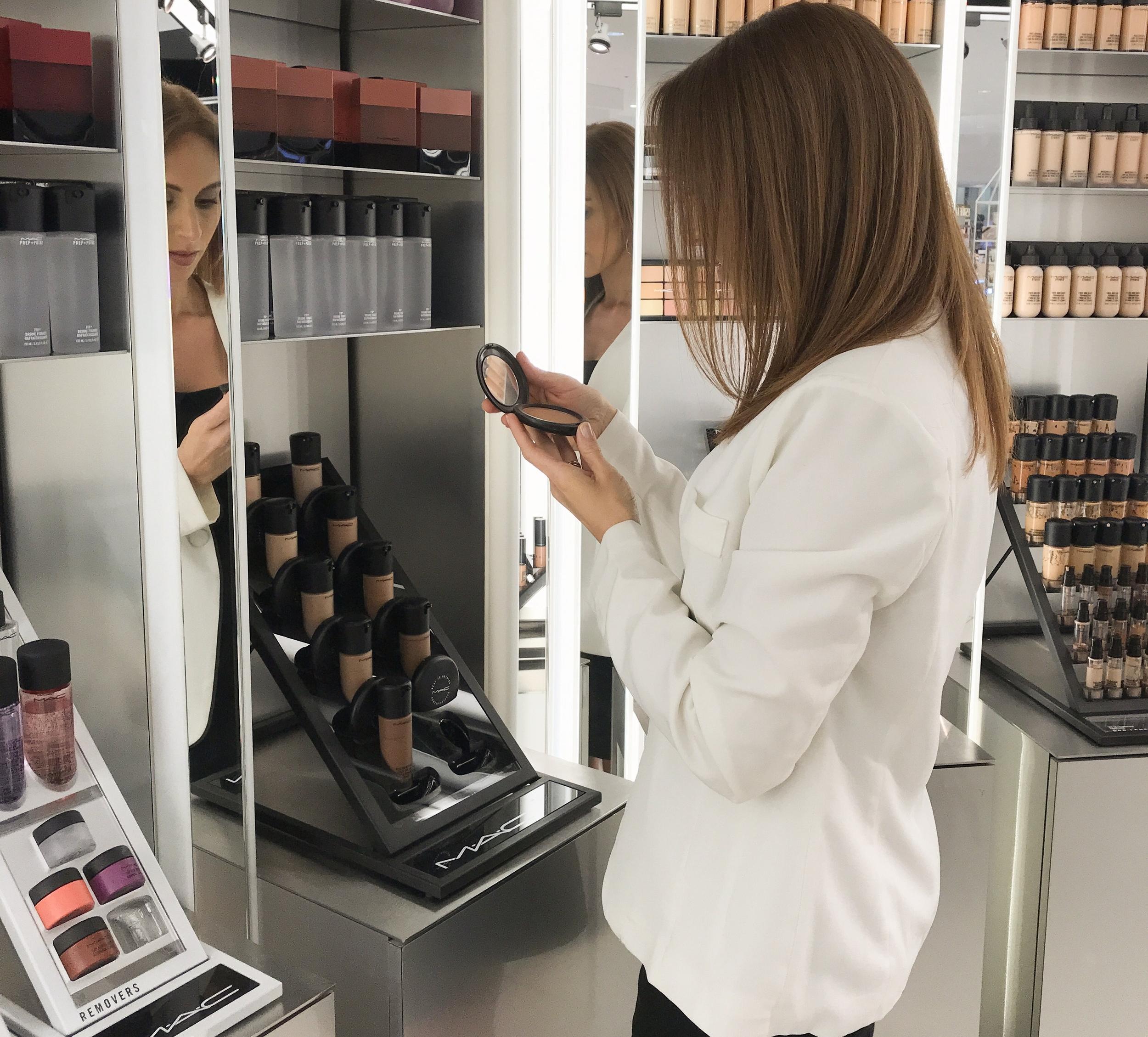 makeup shop powder.jpg