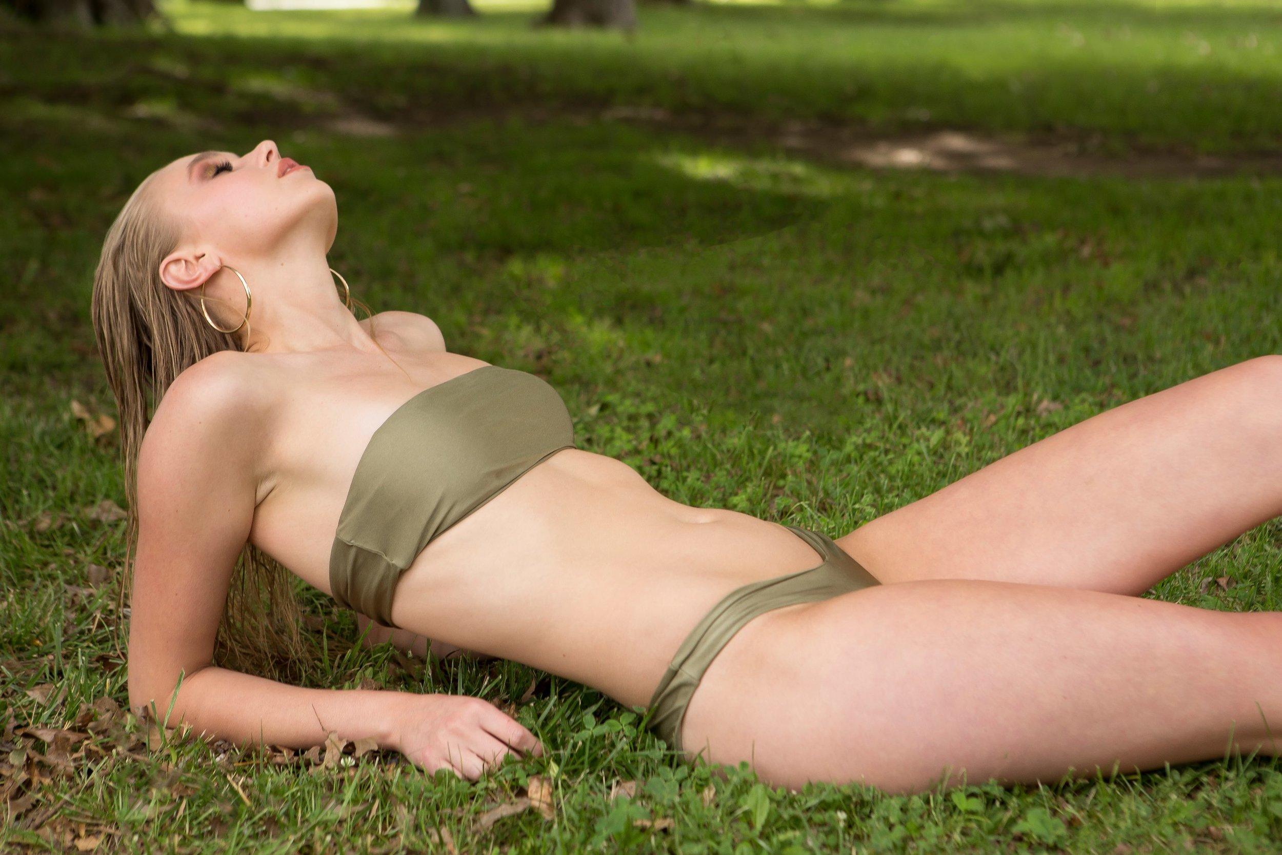 Models own bikini