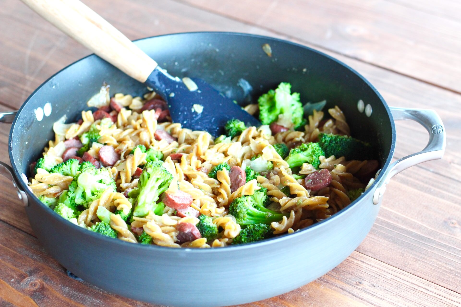 30 minute sausage broccoli pasta