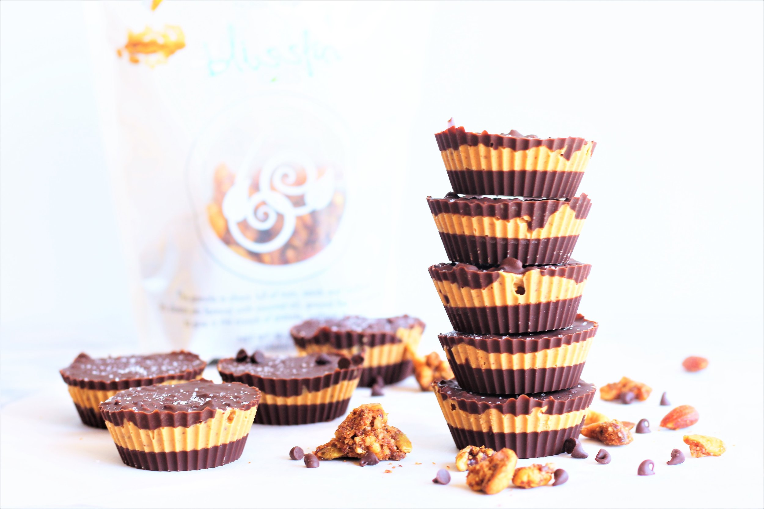 cocoa cashew butter crunch cups