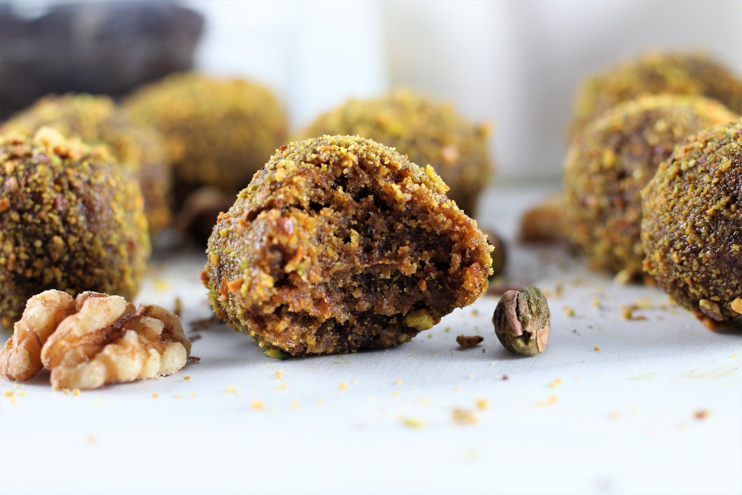 no bake pistachio walnut energy balls