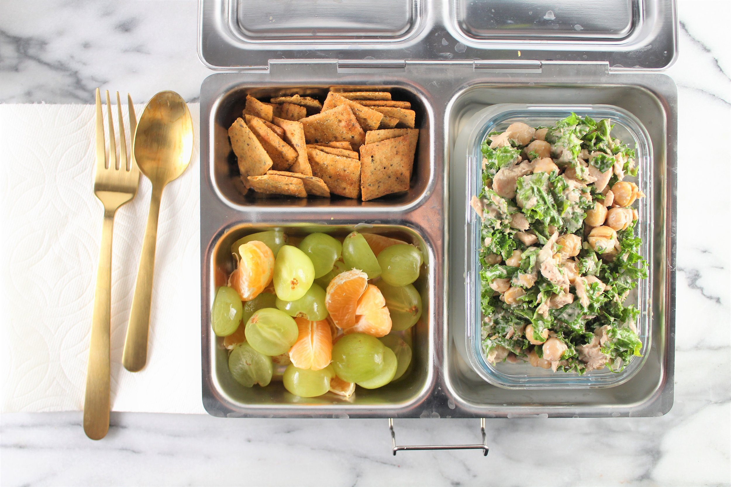 kale and chickpea tuna salad