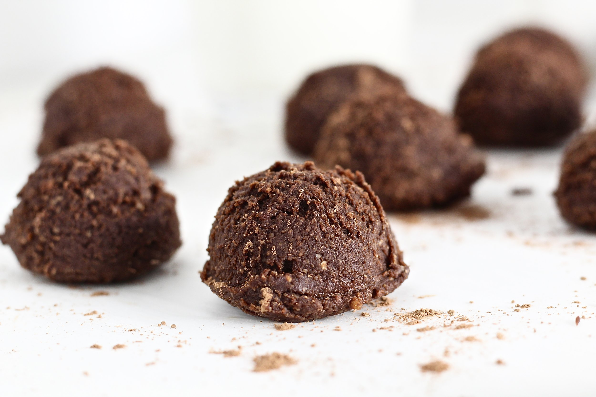 Low Sugar No Bake Brownie Bites