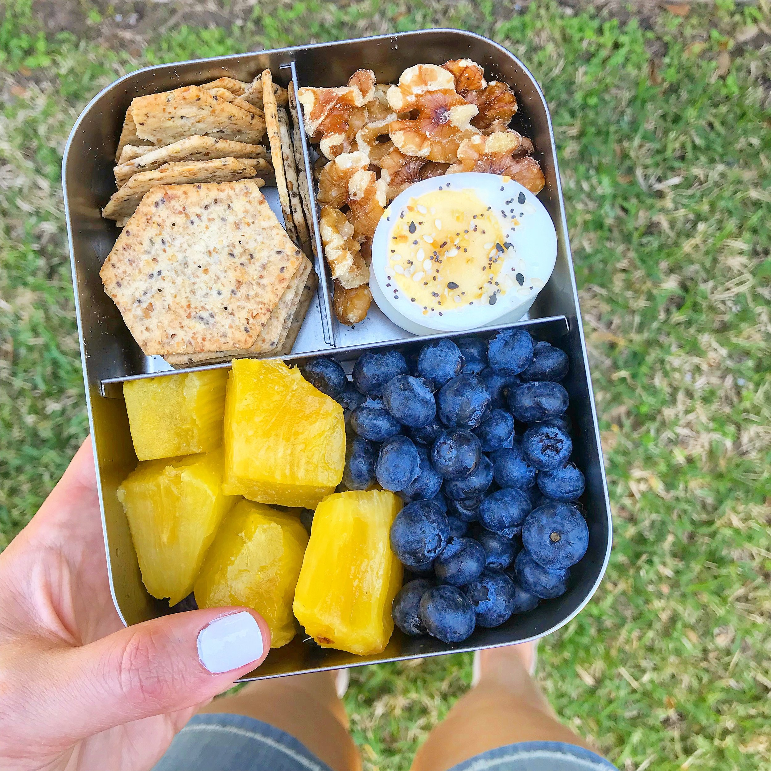 what to eat before and after a workout Kelly Jones