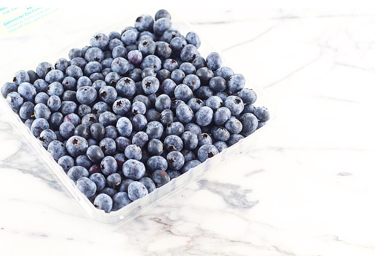 No-Cook Blueberry Vanilla Fudge