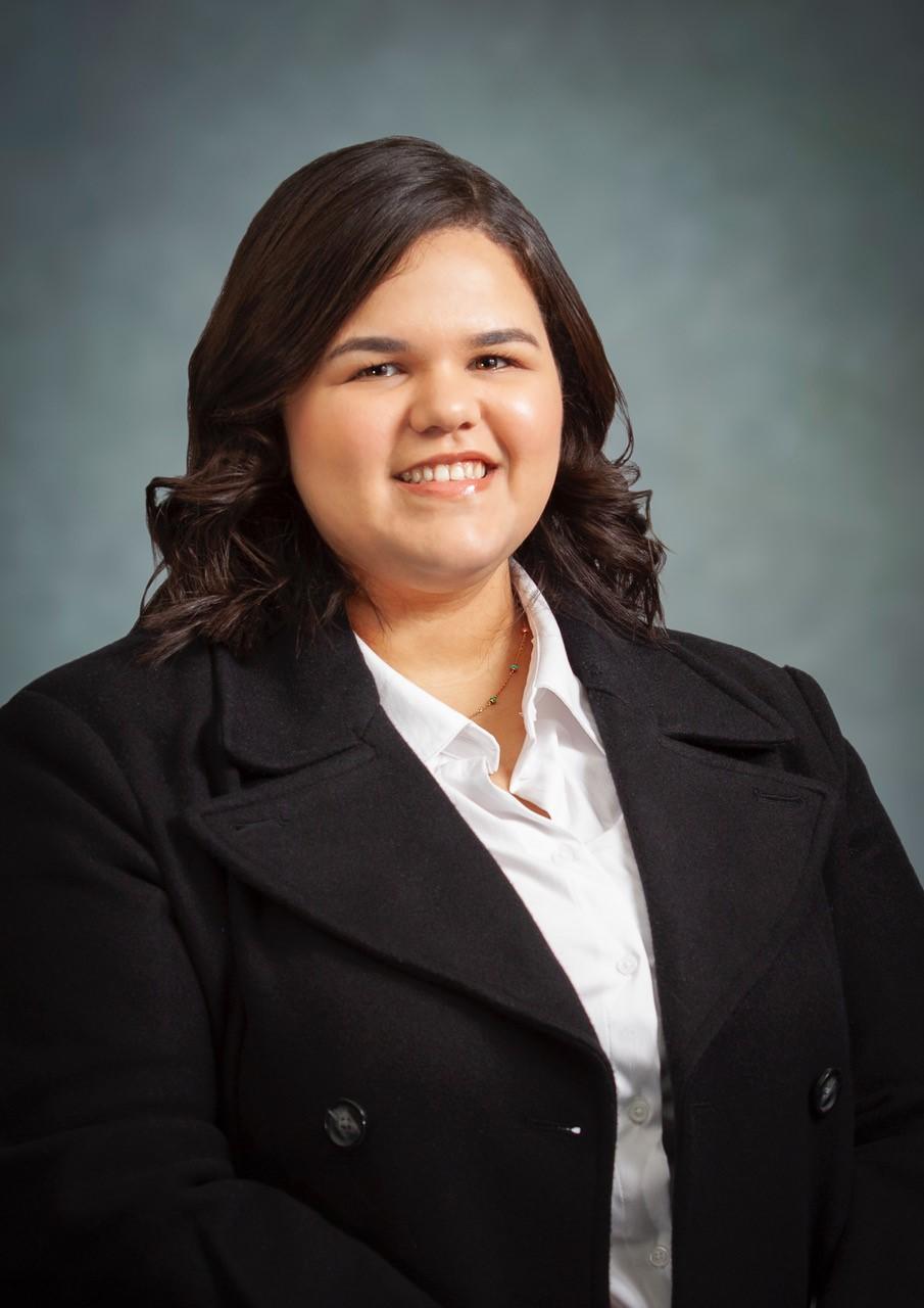 Iandra Garcia, Bilingual Legal Assistant