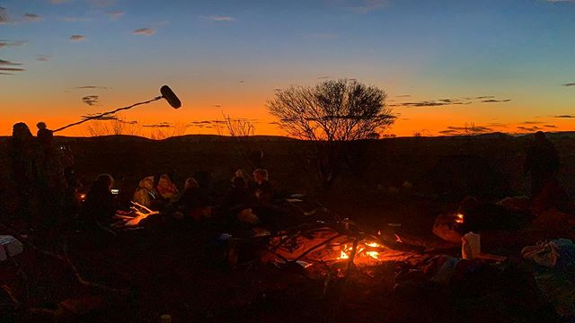 Ngaanyatjarra lands camping a few weeks ago - listening to the women sing, share Dreaming, paint, hunt and sleep by the fire, under the infinite stars. This was my favourite ✨ walykumunu 🧡I hold space and utmost respect for you all and your country. See you next time lovey ones xx