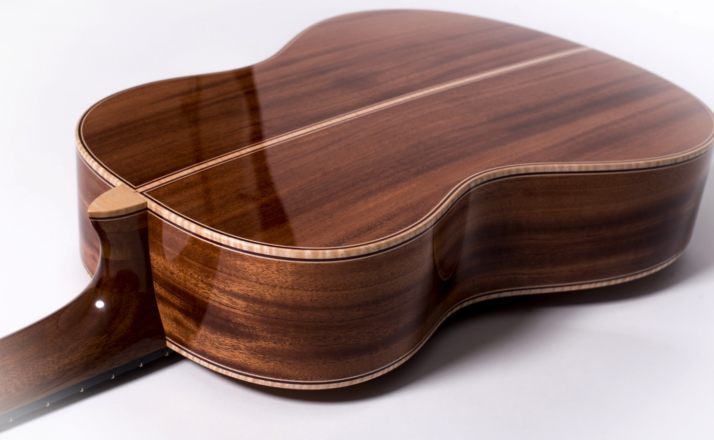 Perfect view of the wonderful African Mahogany grain
