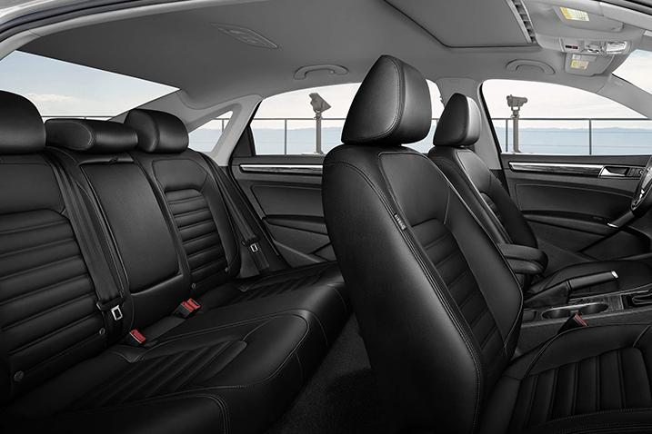 Volkswagen-Passat-interior-seats.jpeg